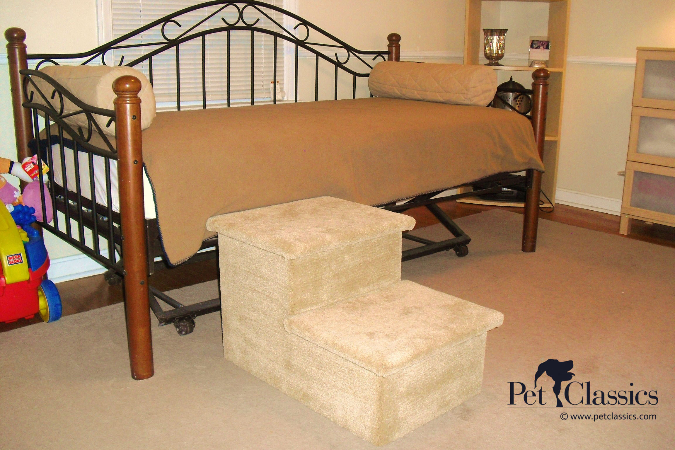Carpeted Pet Stairs for Large Dogs